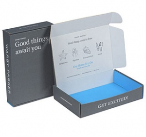 Subscription E-Commerce Packaging